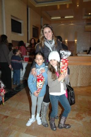 גלרייה - מסיבת חנוכה לילדי הבורסה 23.12.08 תמונה 14 מתוך 68