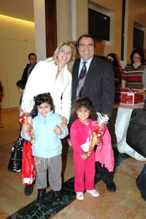 גלרייה - מסיבת חנוכה לילדי הבורסה 23.12.08 תמונה 21 מתוך 68
