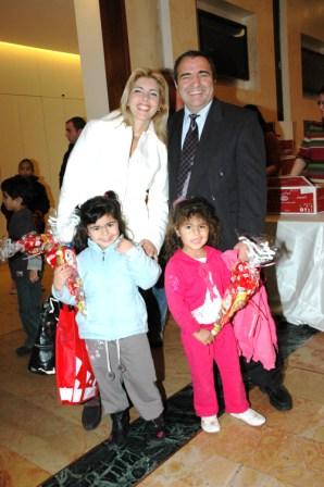 גלרייה - מסיבת חנוכה לילדי הבורסה 23.12.08 תמונה 22 מתוך 68