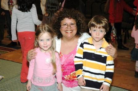 גלרייה - מסיבת חנוכה לילדי הבורסה 23.12.08 תמונה 64 מתוך 68
