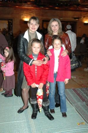 גלרייה - מסיבת חנוכה לילדי הבורסה 23.12.08 תמונה 65 מתוך 68