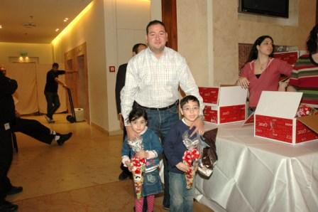 גלרייה - מסיבת חנוכה לילדי הבורסה 23.12.08 תמונה 44 מתוך 68