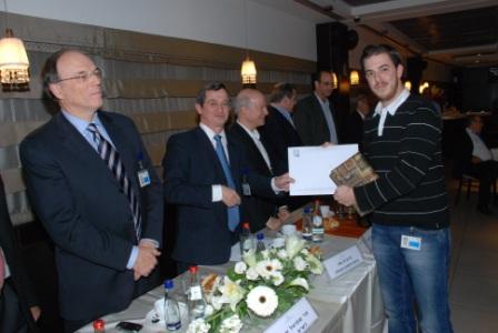 גלרייה - טקס סיום קורס (26 ו-27) חברים חדשים 21.12.2009 תמונה 43 מתוך 76
