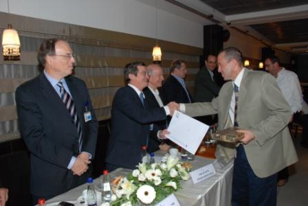 גלרייה - טקס סיום קורס (26 ו-27) חברים חדשים 21.12.2009 תמונה 44 מתוך 76