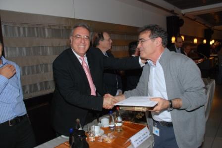 גלרייה - טקס סיום קורס (26 ו-27) חברים חדשים 21.12.2009 תמונה 50 מתוך 76