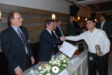 גלרייה - טקס סיום קורס (26 ו-27) חברים חדשים 21.12.2009 תמונה 51 מתוך 76