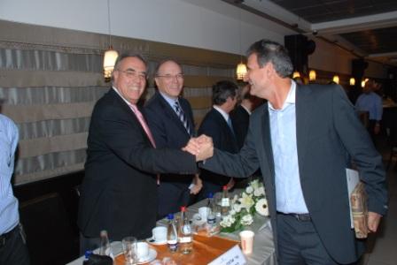 גלרייה - טקס סיום קורס (26 ו-27) חברים חדשים 21.12.2009 תמונה 65 מתוך 76