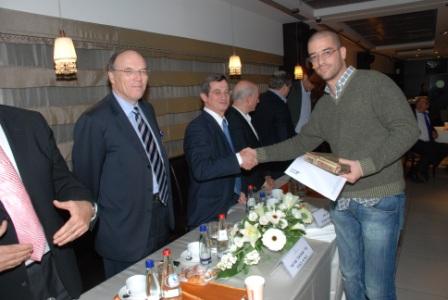גלרייה - טקס סיום קורס (26 ו-27) חברים חדשים 21.12.2009 תמונה 72 מתוך 76