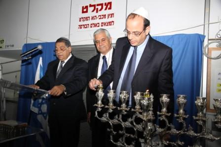 גלרייה - הדלקת נרות חנוכה 1-8.12.2010 תמונה 4 מתוך 81