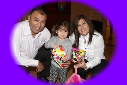 גלרייה - מסיבת חנוכה לילדי הבורסה (דימול) 6.12.2010 תמונה 22 מתוך 63