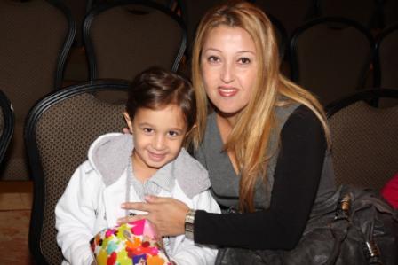 גלרייה - מסיבת חנוכה לילדי הבורסה (דימול) 6.12.2010 תמונה 3 מתוך 63