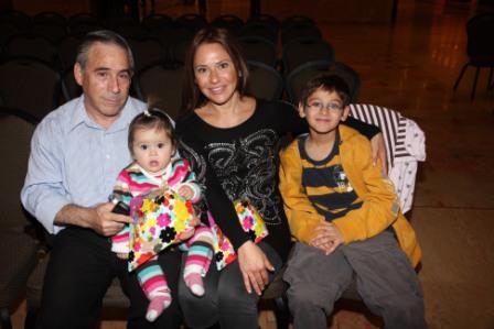 גלרייה - מסיבת חנוכה לילדי הבורסה (דימול) 6.12.2010 תמונה 5 מתוך 63