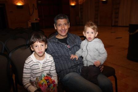 גלרייה - מסיבת חנוכה לילדי הבורסה (דימול) 6.12.2010 תמונה 6 מתוך 63
