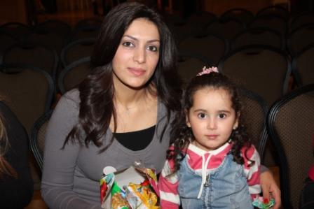גלרייה - מסיבת חנוכה לילדי הבורסה (דימול) 6.12.2010 תמונה 8 מתוך 63