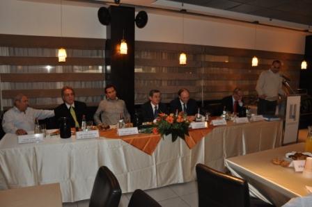 גלרייה - טקס סיום קורס 30 חברים חדשים 14.12.2010 תמונה 12 מתוך 58