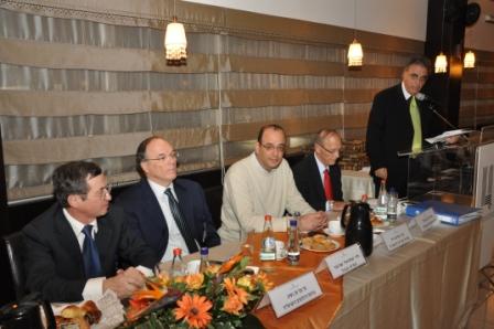 גלרייה - טקס סיום קורס 30 חברים חדשים 14.12.2010 תמונה 18 מתוך 58