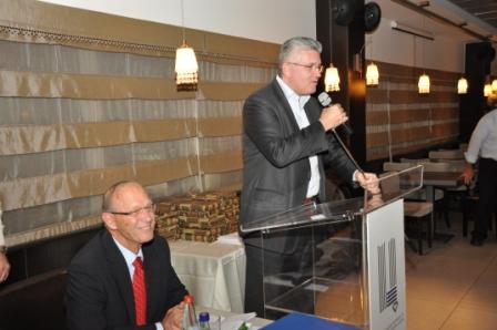גלרייה - טקס סיום קורס 30 חברים חדשים 14.12.2010 תמונה 19 מתוך 58