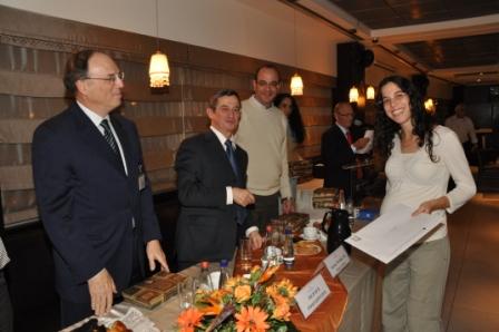 גלרייה - טקס סיום קורס 30 חברים חדשים 14.12.2010 תמונה 24 מתוך 58