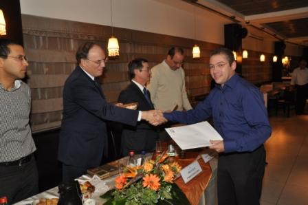 גלרייה - טקס סיום קורס 30 חברים חדשים 14.12.2010 תמונה 27 מתוך 58