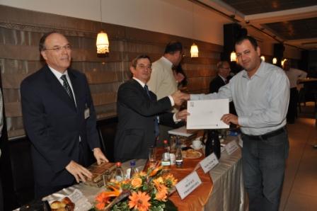 גלרייה - טקס סיום קורס 30 חברים חדשים 14.12.2010 תמונה 29 מתוך 58