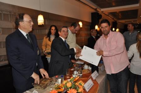 גלרייה - טקס סיום קורס 30 חברים חדשים 14.12.2010 תמונה 36 מתוך 58