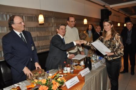 גלרייה - טקס סיום קורס 30 חברים חדשים 14.12.2010 תמונה 38 מתוך 58