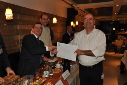 גלרייה - טקס סיום קורס 30 חברים חדשים 14.12.2010 תמונה 46 מתוך 58