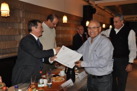 גלרייה - טקס סיום קורס 30 חברים חדשים 14.12.2010 תמונה 52 מתוך 58