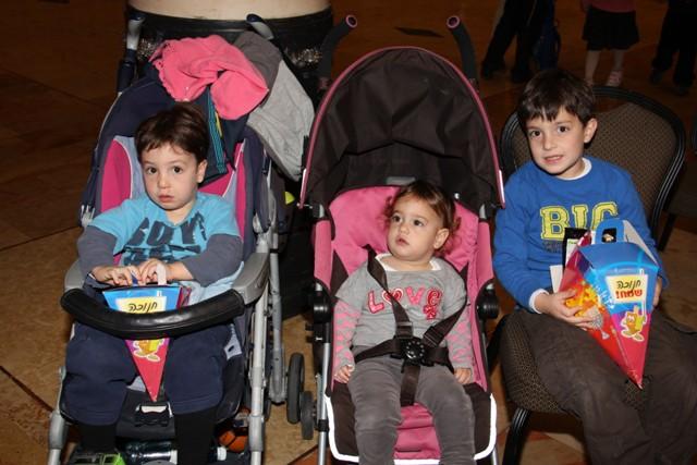 גלרייה - מסיבת חנוכה בורסת היהלומים 22.12.2011 תמונה 18 מתוך 93