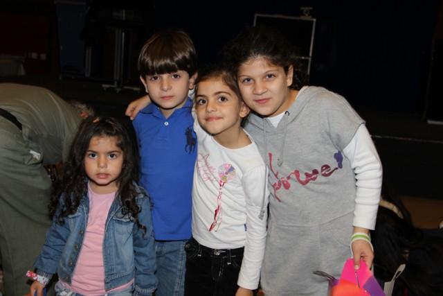 גלרייה - מסיבת חנוכה בורסת היהלומים 22.12.2011 תמונה 21 מתוך 93