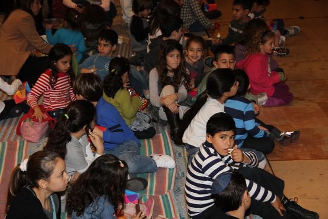 גלרייה - מסיבת חנוכה בורסת היהלומים 22.12.2011 תמונה 37 מתוך 93