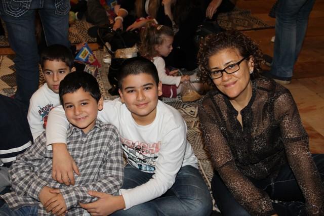גלרייה - מסיבת חנוכה בורסת היהלומים 22.12.2011 תמונה 46 מתוך 93