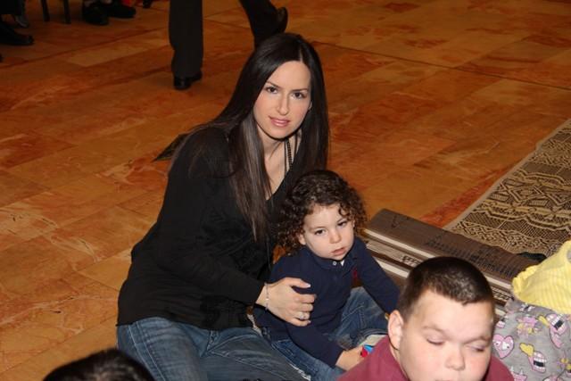 גלרייה - מסיבת חנוכה בורסת היהלומים 22.12.2011 תמונה 48 מתוך 93