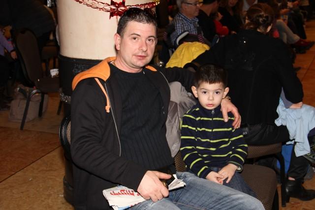 גלרייה - מסיבת חנוכה בורסת היהלומים 22.12.2011 תמונה 68 מתוך 93