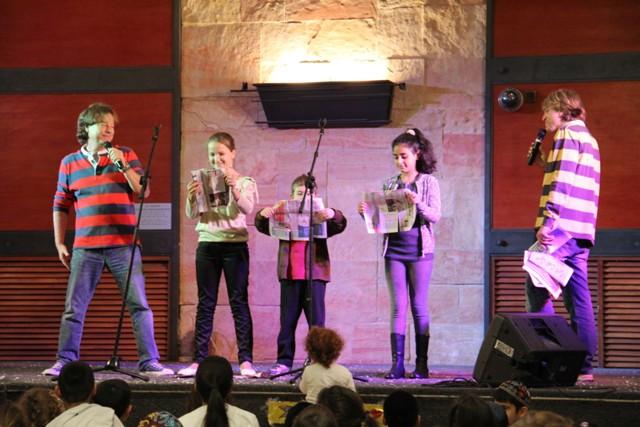 גלרייה - מסיבת חנוכה בורסת היהלומים 22.12.2011 תמונה 78 מתוך 93