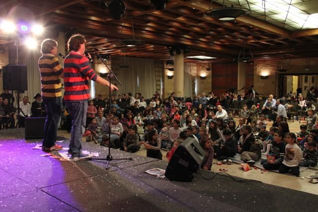 גלרייה - מסיבת חנוכה בורסת היהלומים 22.12.2011 תמונה 79 מתוך 93