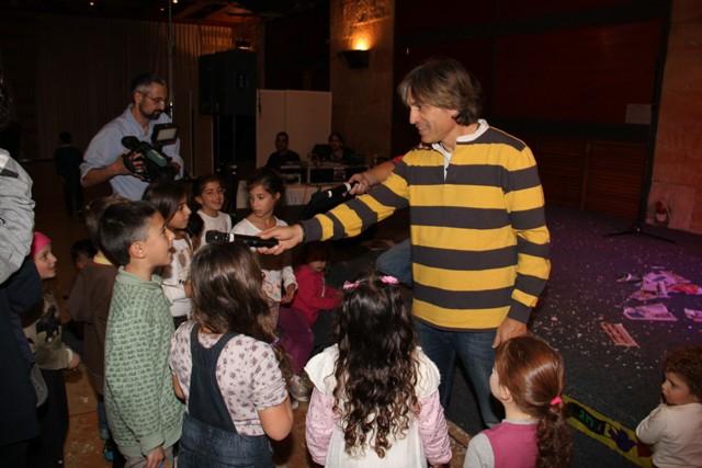 גלרייה - מסיבת חנוכה בורסת היהלומים 22.12.2011 תמונה 91 מתוך 93