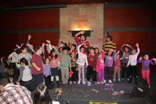 גלרייה - מסיבת חנוכה בורסת היהלומים 22.12.2011 תמונה 92 מתוך 93