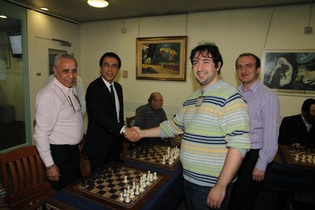 גלרייה - טורניר השחמט 24-26.12.2012 תמונה 9 מתוך 22
