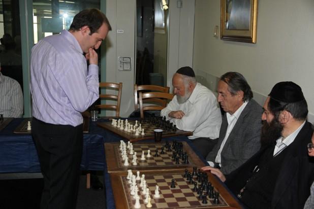 גלרייה - טורניר השחמט 24-26.12.2012 תמונה 12 מתוך 22