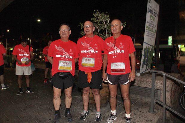 גלרייה - מרוץ הלילה של נייקי 29.10.2013 תמונה 3 מתוך 41