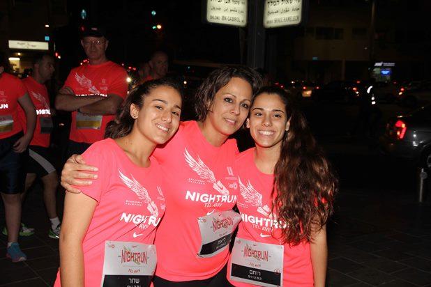 גלרייה - מרוץ הלילה של נייקי 29.10.2013 תמונה 11 מתוך 41