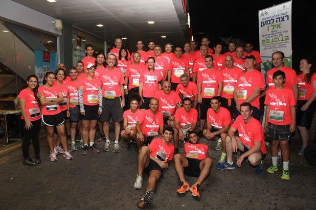 גלרייה - מרוץ הלילה של נייקי 29.10.2013 תמונה 12 מתוך 41