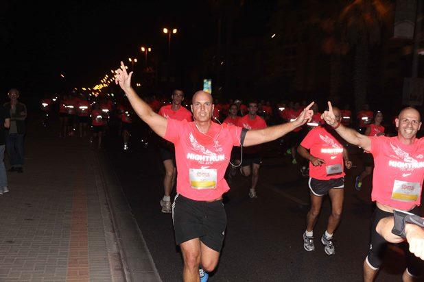 גלרייה - מרוץ הלילה של נייקי 29.10.2013 תמונה 14 מתוך 41