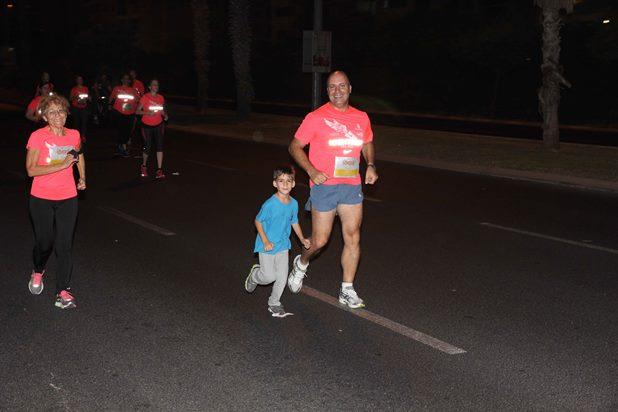 גלרייה - מרוץ הלילה של נייקי 29.10.2013 תמונה 19 מתוך 41