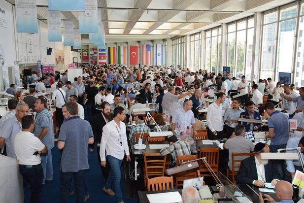 גלרייה - טקס פתיחת שבוע היהלומים הבינלאומי ומסחר פתוח 30.8.15 תמונה 28 מתוך 40