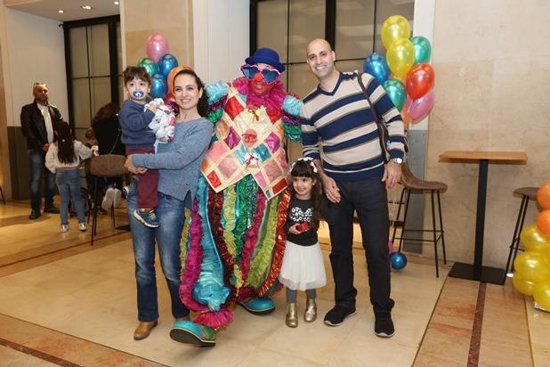 גלרייה - מסיבת חנוכה לילדי הבורסה 15.12.2017 תמונה 9 מתוך 37