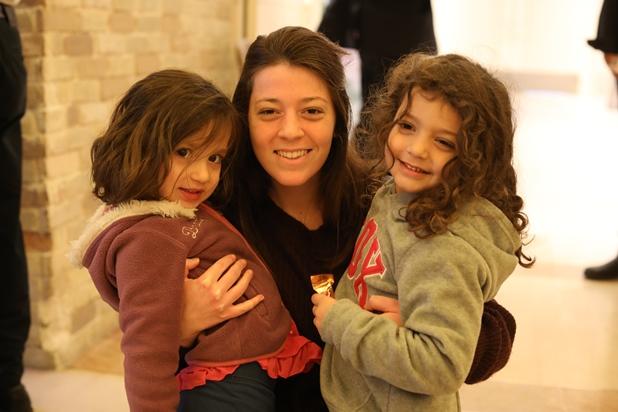 גלרייה - מסיבת חנוכה לילדי הבורסה 15.12.2017 תמונה 28 מתוך 37