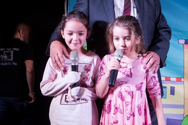 גלרייה - מסיבת חנוכה לילדי הבורסה 15.12.2017 תמונה 36 מתוך 37
