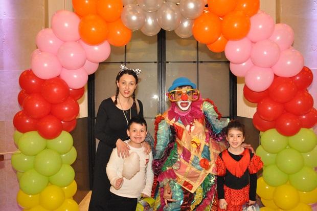 גלרייה - מסיבת פורים לילדי הבורסה 22.3.2019 תמונה 69 מתוך 114